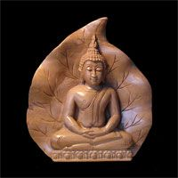 Classic Sukhothai Buddha Meditating, Backed On  a Bodi Leaf